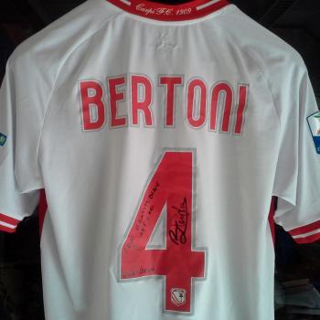 Il grazie di Bertoni, ottimo calciatore e grande uomo